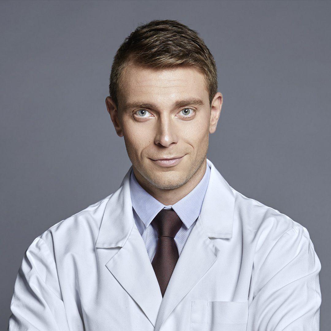 dr. Martin Genov